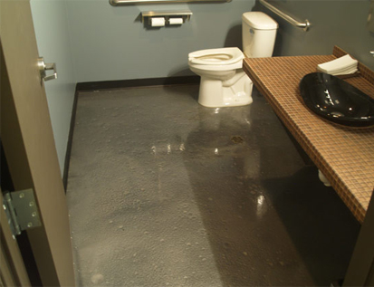 Наливные полы - ремонт в квартире гидроизоляция пола до стяжки или после